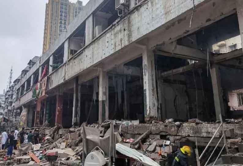 சீனாவின் ஷியான் நகரத்தில் உள்ள குடியிருப்பு பகுதியில் எரிவாயு குழாயில் உடைந்து ஏற்பட்ட கோரம் - 12 பேர் பலி